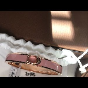 Stunning coach bracelet in rose gold pink